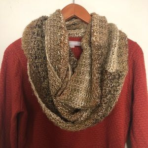 Knit Earth Toned Infiniti Scarf